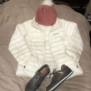 White Columbia down jacket in white - size S